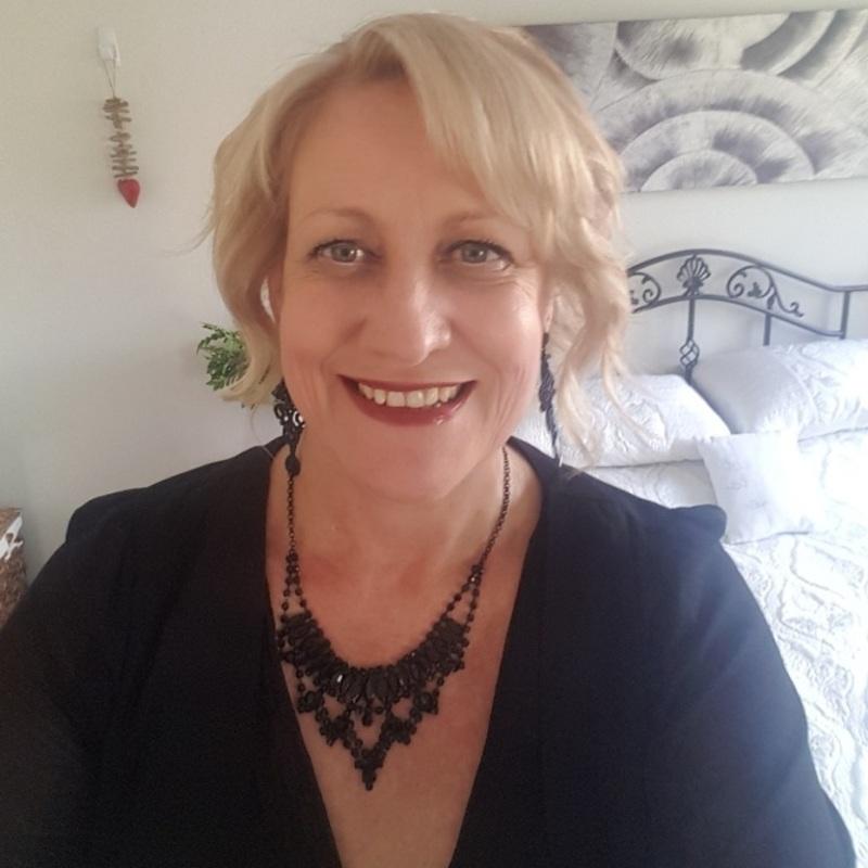 LadyGre (56) uit Limburg