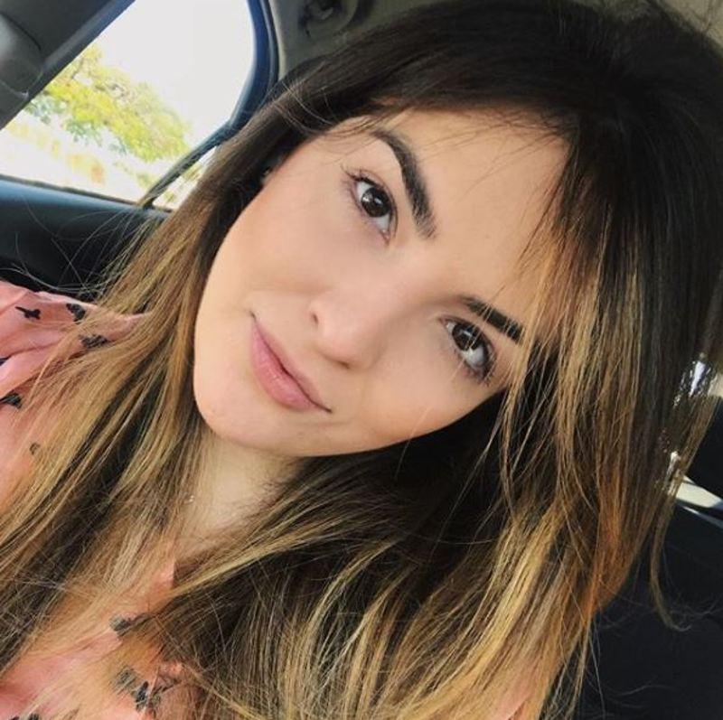 BeautyFaceeH (26) uit Drenthe