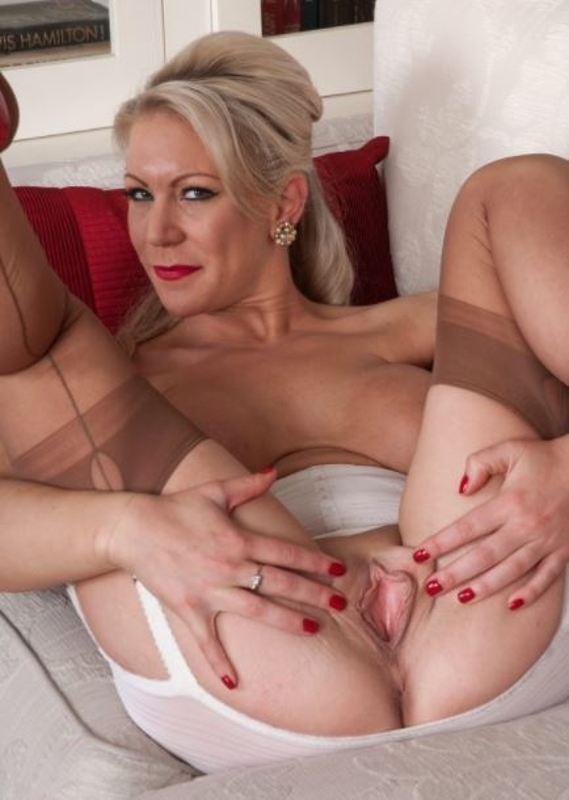 tube-porn-sex-pussy-lady