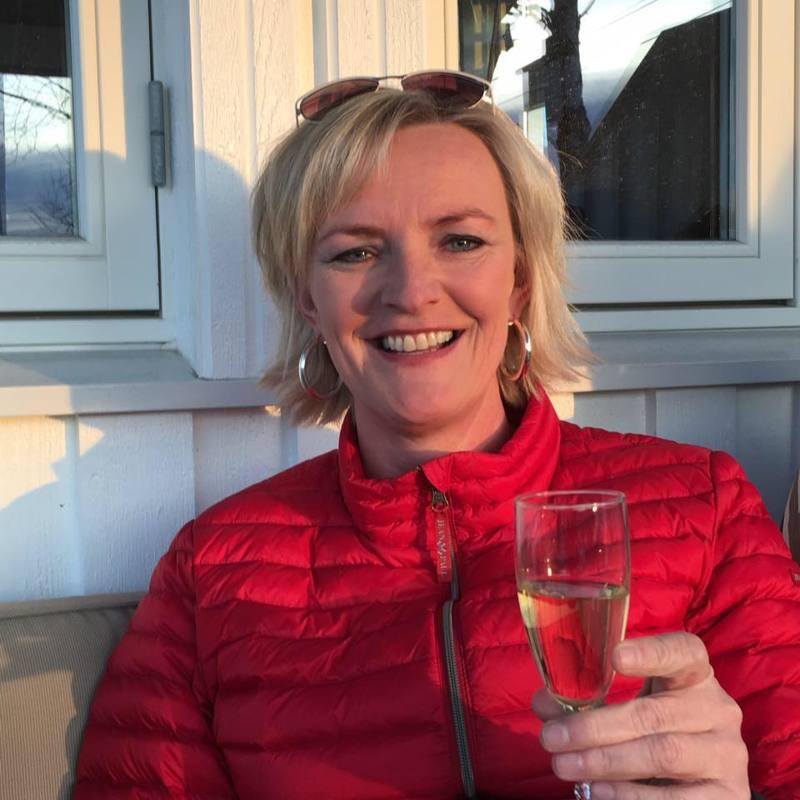 _Daniine (48) uit Zuid-Holland