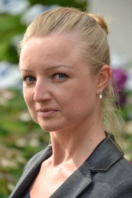 Veroooniquee (46) uit Brussels
